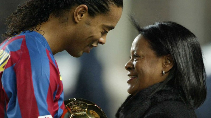 Ronaldinho looses Mother at 71 after contracting Covid-19